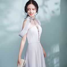 Modern / Fashion Grey Pierced Evening Dresses 2017 A-Line / Princess High Neck Strapless Beading Crystal Sash Sweep Train Backless Formal Dresses Glamorous Evening Dresses, Burgundy Evening Dress, Grey Evening Dresses, Formal Dresses, Fashion Silhouette, Modern Fashion, Women's Fashion, I Dress, Dress Patterns
