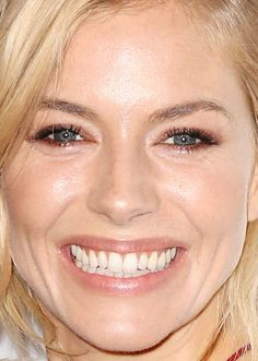 Close-up of Sienna Miller at the 2016 Tribeca premiere of 'High Rise'. http://beautyeditor.ca/2016/04/25/best-beauty-looks-sienna-miller