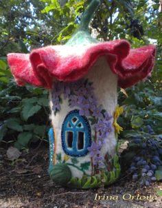 ... more felting houses fairy gnome houses felted houses felt fairy houses: https://www.pinterest.com/craftyjenny70/small-but-butifull
