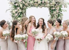 Photography : Ruth Eileen Photography   Floral Design : Stoneblossom Floral And Event Design   Wedding Dress : Amsale Read More on SMP: http://www.stylemepretty.com/little-black-book-blog/2015/08/04/romantic-blush-castle-hill-inn-rhode-island-wedding/