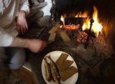 Missoltini, typical lake fishes, with polenta | #lake #Como #Lago #Italy #lakecomotravelguideapp #food #fish #missoltino #misultin #polenta