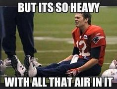 Everybody knows Who Tom Brady is? Also he is popular with his tricky cheating on game. Here are the viral collection of top 26 tom brady memes you must see. Nfl Jokes, Funny Football Memes, Funny Sports Memes, Funny Memes, Football Humor, Funny Quotes, Soccer Humor, Basketball Memes, Nba Memes