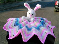 króliczek - kocyk przytulanka - Ulandia   Witamy w krainie królików :)   Królik - kocyk przytulanka. Milutki, mięciutki kolorowy kocyk z...