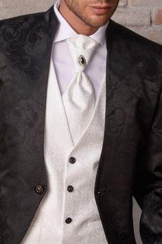 m104-luxusny-pansky-oblek-svadobny-salon-valery