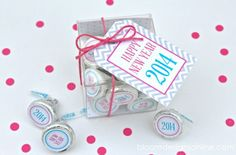 new-year-party-favors