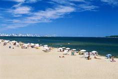 Punta Del Este, Uruguay: conocida como la capital del amor en América del Sur,