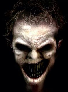 Creepy, for sure! //I just don't like clowns EL// Creepy Horror, Creepy Clown, Creepy Art, Arte Horror, Horror Art, Creepy Pictures, Scary Photos, Scary Images, Horror Pictures