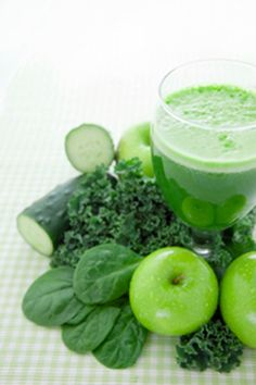 Ins and Outs of Juicing Plus Two Delicious Juiced Up Recipes: Go Ahead Drink the Kale Aid