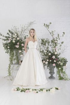 Agatha | Untamed Love - Charlotte Baliber | Untamed Love Collection | Bridal Gowns | http://www.rockmywedding.co.uk/untamed-love-charlotte-balbier/