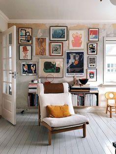 Nice Beautiful Gallery Wall Decor Ideas To Show Photos. # - Nice Beautiful Gallery Wall Decor Ideas To Show Photos. Easy Home Decor, Living Room Decor, Cheap Home Decor, House Interior, Apartment Decor, Home Deco, Home Interior Design, Interior Design, Living Decor