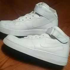 Mens Nike Air Force Ones My son wore maybe four times, no dirt, no flaws, look almost brand new! Nike Shoes Athletic Shoes