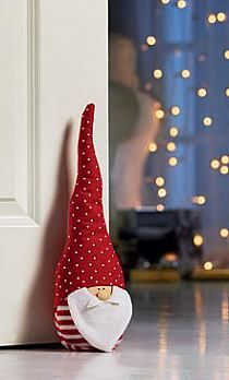 The Christmas gnome in a red hat for home decoration Christmas Gnome, Christmas Sewing, Christmas Makes, Christmas Projects, Christmas Stockings, Christmas Holidays, Christmas Ornaments, Christmas Door, Xmas Decorations