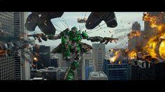¡Finalmente aquí está el primer vistazo transmitido hoy en la final del partido de futbol americano! Transformers de Paramount Pictures llega el 11 de julio a todas las salas de México.
