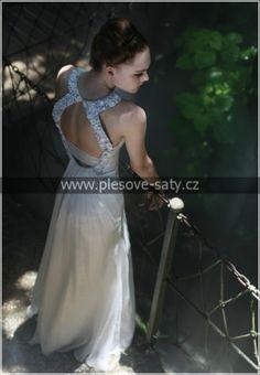VÝPRODEJ! Společenské nebo svatební šaty č. 56380