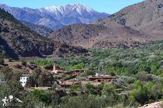 La pintoresca aldea de #Imlil es un asentamiento precioso en la cordillera del Atlas marroquí. Ofrece vistas impresionantes y la oportunidad de escalar el #Toubkal, el pico más alto de #Marruecos 🏔
