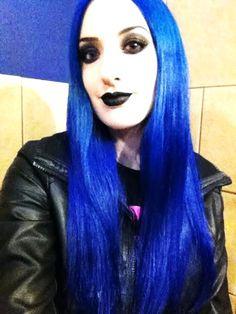 #Vampirefreaks #Goth girl Sarah Stewart with Lunatik Hair Dye color Asphyxiation