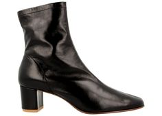 Details: 100% Italian softleather Insole 100% luxurious and extremely soft Italian polished goatling leather Hand-crafted and hand-painted leather sole Heel me