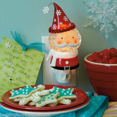 CHRISTMAS NIGHT LIGHT - SANTA SHIMMER BALL NIGHT LIGHT