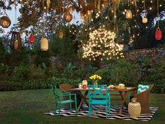 Découvrez comment éclairer votre terrasse de façon originale pour en profiter une fois la nuit tombée!