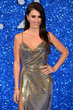 Penélope Cruz's Metallic Gown Is So Mesmerizing, You Won't Be Able to Look Away