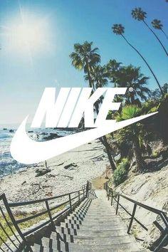 #nike #summer #beach Cool Nike Wallpapers, Cute Cartoon Wallpapers, Iphone Lockscreen Wallpaper, Wallpaper Backgrounds, Nike Screensavers, Cool Nike Logos, Image Summer, Sneakers Wallpaper, Surf