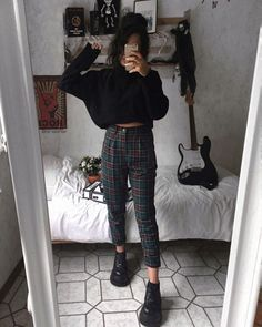 Rama lama on 1 or 2 anzeige verlinkungen alternativefashion plaidpants darkfashion grungeaesthetic grungestyle outfitinspo on what trends are you leaving in 2019 Fashion Mode, Dark Fashion, Korean Fashion, Womens Fashion, 90s Fashion Grunge, Hipster Fall Fashion, Grunge Fashion Winter, Grunge Winter Outfits, Black Outfit Grunge