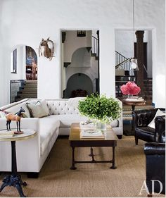 Angie Helm Interior Design: Decorating with black and white