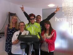 Anndddd the winning team of the 'Hemsley Fraser Sport Relief Challenge'! Well done team! #sportrelief #challenge #brainandbrawn #winningteam