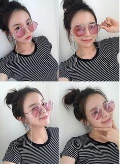 Jung Ji Woo, Round Sunglasses, Sunglasses Women, Asian Men, Pretty Pictures, Ulzzang, My Girl, Korean Fashion, Girl Fashion