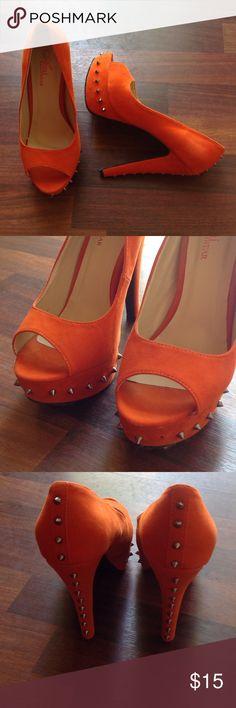 Heels Orange heels ... Stud missing on left heel see pic 2 Ami Clubwear Shoes