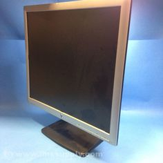 HP LA1956X LED LCD MONITOR, BUILT-IN SPEAKERS
