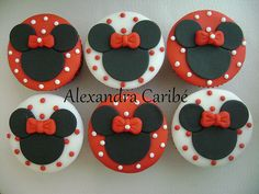 @Shayla Bradley Johnson Tuttle minnie mouse cupcake