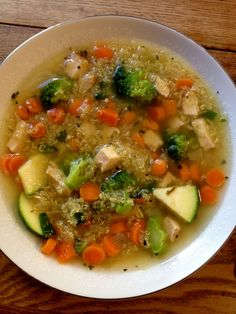 Chicken Quinoa Soup and other great one pot meals for weight loss, recovery and inflamation--sounds good for the Fall