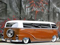 55 Awesome Camper Van Design Ideas for VW Bus Volkswagen Bus, Volkswagen Transporter, Vw T1 Camper, Campers, Wolkswagen Van, Combi Split, Combi Wv, Vw Beach, Vw Vintage
