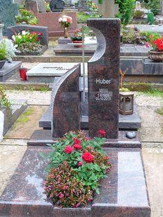 Urnengrabanlagen - Grabmale-Stucky Heltersberg grabsteine Stucky, Betta, Sidewalk, Patio, Memorial Ideas, Outdoor Decor, Graveyards, Anna, Diy