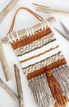 How To Attach Driftwood To A Wall Weaving 2019 Easily secure a driftwood hanger to your DIY woven wall hanging in this step-by-step tutorial. The post How To Attach Driftwood To A Wall Weaving 2019 appeared first on Weaving ideas. Weaving Loom Diy, Weaving Art, Tapestry Weaving, Loom Weaving Projects, Fabric Weaving, Weaving Designs, Hanging Tapestry, Yarn Crafts, Fabric Crafts