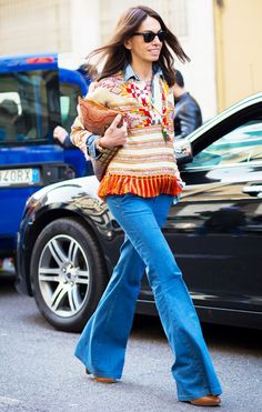 Denim In Street Style. 70s flared jeans in Milan. #VivianaVolpicella