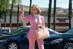 grace and frankie jane fonda outfits Jane Fonda, Dynasty Tv Show, Stylish Older Women, Mature Fashion, Aesthetic Images, I Icon, Style And Grace, Woman Face, Boss Lady
