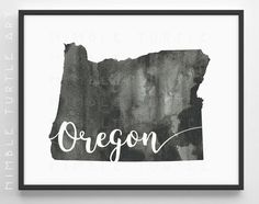 Oregon State Outline Watercolor - Oregon Wall Art Map - Distressed, Grunge, Minimalist, Black and White - Comes with Blank State Outline SVG.   ~~ Instant Download - Not a Physical Product ~~ ~~ Watermarks Will Not Appear on Downloaded Images ~~  ***PLEASE NOTE: This piece will not print properly on a laser printer. To get the complex patterns, its best to use a photo printer or take the file to your local print store. Good quality inkjet printers will work too. If in doubt, please message…