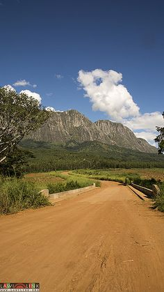 cool mount mulanje Malawi (31) Check more at http://www.discounthotel-worldwide.com/travel/mount-mulanje-malawi-31/