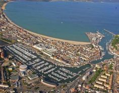 Weymouth, UK: site of the 2012 Olympic Games sailing competitions! Dorset England, England Uk, Oh The Places You'll Go, Places To Visit, Olympic Sailing, Weymouth Beach, Portland Dorset, Weymouth Dorset, Open Water