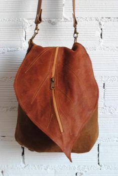 leather bag , leather backpack De Cuir Leather backpack-handbag with leaf flap. leather bag , leather backpack De Cuir Leather backpack-handbag with leaf flap. Purses And Handbags, Leather Handbags, Luxury Handbags, Cheap Handbags, Luxury Purses, Large Handbags, Estilo Hippie, Leather Bags Handmade, Handmade Handbags