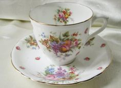 1950s Royal Doulton Tea Cup Transfers of Floral Bouquets and Scattered Roses,Gold Trim.Ships Worldwide