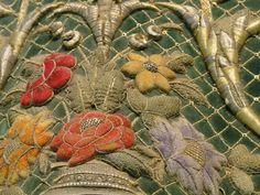 Bordado de oro y seda sobre terciopelo, imaginería de Semana Santa