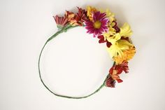 How to make a fresh flower crown