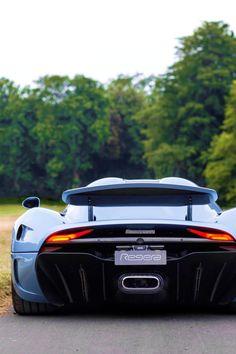 http://chicerman.com  myheartpumpspetrol:  MegaCar | Source  #cars