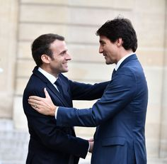Justin Trudeau and Emmanuel Macron Just Showed Everyone How Not to Hug Justin Trudeau, Beaux Couples, Emmanuel Macron, Ulzzang Boy, White Collar, Good Morning Quotes, Esquire, Hug, Hot Guys