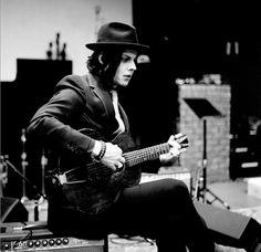 The White Stripes - Jack White - Catch Hell Blues Meg White, White White, Radio City Music Hall, The White Stripes, Pop Rock, Rock And Roll, Tim Burton, Jack White Blunderbuss, Glam Rock