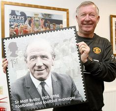 Ferguson poses with the new Royal Mail 'Eminent Briton' stamp of former United manager Sir Matt Busby days after surpassing Busby's record as the longest-serving manager in the club's history, December 2010 Manchester United Legends, Manchester United Football, Matt Busby, Royal Mail Stamps, Man Utd News, Sir Alex Ferguson, Sport Icon, Trafford, Man United