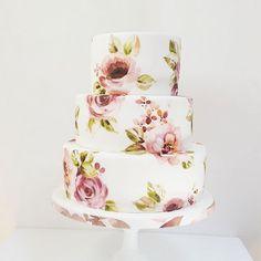Sencillas y originales ideas de cómo decorar pasteles pintados a mano